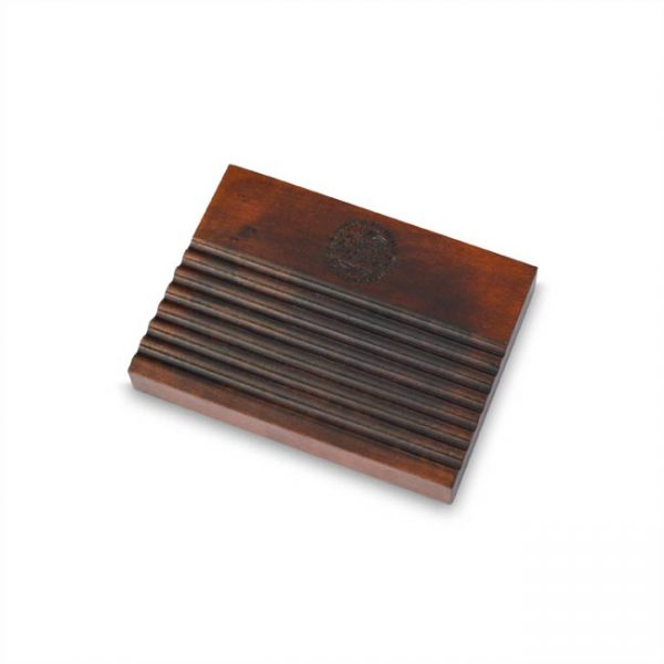 Podstavek za milo iz lesa