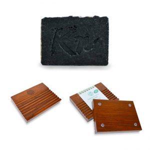 Črno milo Karbonoir s podstavkom iz lesa – komplet