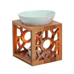 Izparilnik za eterična olja iz bambusa